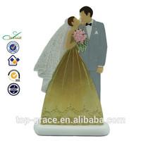 Decorative crafts wholesale cheap resin handmade wedding couple figure