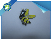 Custom design soft enamel nickel bee badges animal shape lapel pin