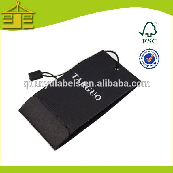 แฟชั่นเสื้อผ้าสีดำพับกระดาษแท็กแขวนสำหรับร่มที่มีคุณภาพสูง