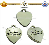 2015 years Professional Cheap Customized Promotional zinc alloy silver heart metal pendant