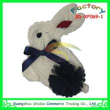 Cute white rabbit design for baby garment decoration chiffon flower