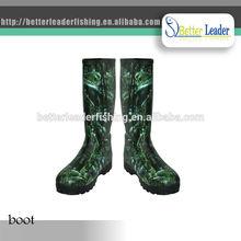 cheap camo rubber long rain boot for fishing made in China