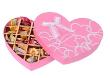 2014 china customized heart shape printed pink chocolate/candy cardboard box with lid