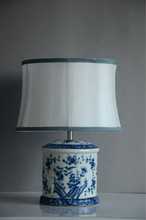 Look like Ancient Chinese Ceramics classical Ceramic Table Lamp/led table light with fabric lampshade for home decor