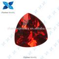 triângulo vermelho escuro sintética garnet gemstone zirconia cúbico