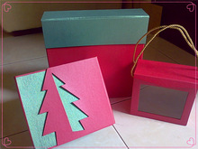 Window gift box with handle to carrier ,exquisite paper Packaging box manufactor
