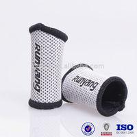 custom Colorful elastic sports neoprene basketball mesh athletic finger sleeve