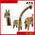 venta al por mayor hecho a mano delicada jirafa de madera