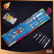 Cartoon pattern metal lapel pin gift promotion