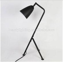 New style metal tirpod floor lamp with shade/modern chrome crystal floor lamp