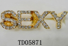 Wholesale Customed Ladies Hot Sell SEXY Alphabet/Letters Gold Finger Rings Mico Pave Rhinestone Metal Alloy Rings