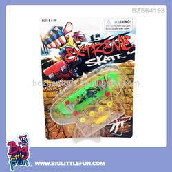 Alloy toys finger skateboard toy