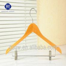 Wholesale Hot Sale Metal hooks wooden hanger for coat show