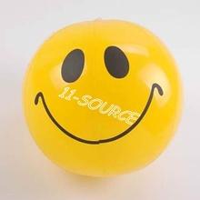 Visage souriant ballon de plage