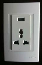 A-L13U 13A MF socket with USB