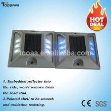 installation by Glue Most Popular Aluminum Solar LED Court Light