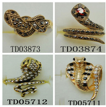 Newest Alloy Snake Rings Unisex Gold/Rose old/Antique Color Pave Glow Rhinestone Metal Stretch Rings