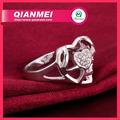 en forma de corazón de diamante anillos de compromiso de plata de la galjanoplastia de alibaba venta al por mayor de joyería de moda