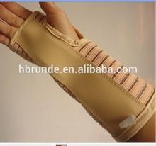 elastic wrist support with aluminum inserts