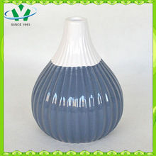 Chinese Cheap Garlic Shape Ceramics Vase With Flower On It