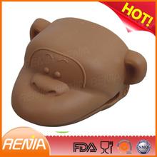 animal print oven hand glove set and silicone animal shape oven mitt