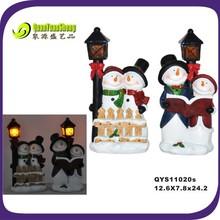resin snowman lover hugging the resin street lamp led craft