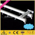 La fábrica de aluminio precio por kilo/anodizado de recubrimiento en polvo de aluminio corredera riel de la cortina fabricante/cortina de barandilla de aluminio