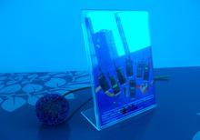 Manufacturer supplies elegant acrylic insert sign holder