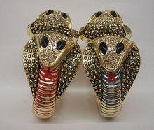 exaggerated gold engrave marbled Cobra snake shape crystal bangle bracelet