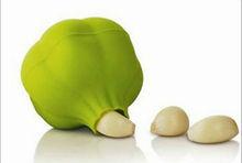 Eco-friendly garlic shape smart silicone garlic peeler