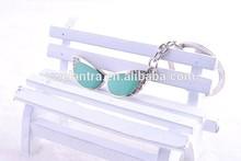 Wholesale Metal summer sunglasses keychain Keyring