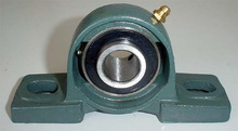 Adjustable Pillow block bearings UB204 with house