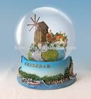 Hotsale hand painted polyresin water globe tourist souvenir decoration !!!