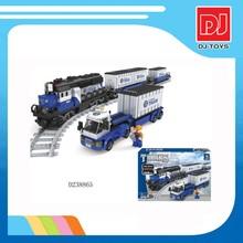 Hot sale plastic assemble educational train building blocks 1008pcs DIY style toys for kids D238865