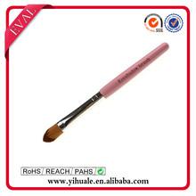 kolinsky hair eye shadow brush