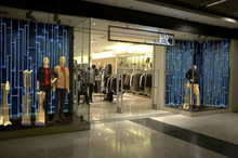 retail clothing store fixtures design for clothes shop