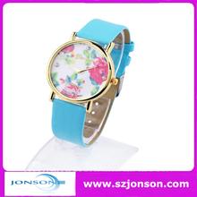 2014 fashion Gold Case Leather Strap Geneva Flower Watch