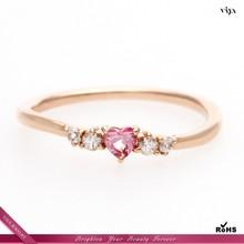 Ingrosso 1,5 carati taglio princess anello di fidanzamento con diamante simulato