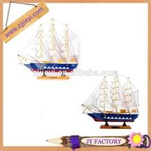 Bán buôn mô hình tàu thuyền bằng gỗ cầm tay khắc gỗ cổ