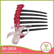 Red ribbon woven lace cute bowknot decorative hair comb