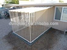 dog kennel /dog house