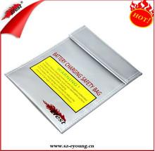safety 3.7V Lithium / IMR charging bag Efest Safety charging bag from Efest Daisy
