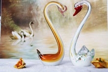 Valentine Colorful Glass Animal Figurine and white Crystal Swans for Wedding Gifts