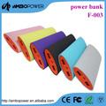 La banque d'alimentation chargeur de batterie 13200 mah./5v pack d'énergie hydraulique