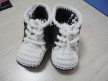 Factory produces woven baby boots handmade fantastic items in 2015!