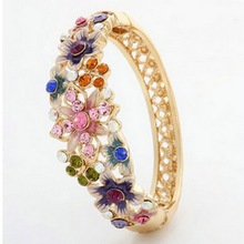 2014 Hot Wholesale Fashion Vintage Nation Style Women Flower Crystal Gold Bracelet