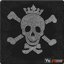 Guangzhou manufacturer beautiful skull for rhinestone transfer iron on design for clothing