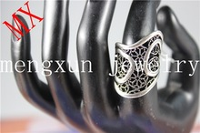Smooth surface with convex foil's wreath of wavy style of ancient silver magic ring wholesale jewelry from dubai R-76