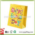 Feliz aniversário saco de compra de papel decorações