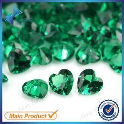 3*3mm Heart shape machine cut nano green emerald